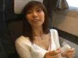 お姉さんと電車内の個室でハメ撮りエッチ