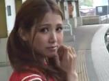 駅のホームや列車内でよく目が合う女子に告白したら・・・