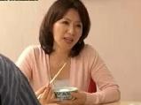 受験の為上京して叔母の家に居候したら見てしまった叔母の自慰
