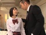 保健室で清純系の可愛い制服女子と着衣エッチしちゃう先生