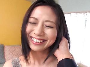 S級アラサー美人妻!本物人妻の初撮り!他人棒で悶絶!!!