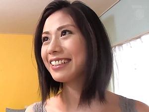 究極に美しい三十路アラサーのパイパン美熟女奥さん!