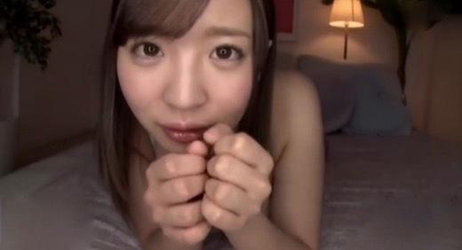 佐々波綾 おしゃぶり大好き美少女の下品なオクチ