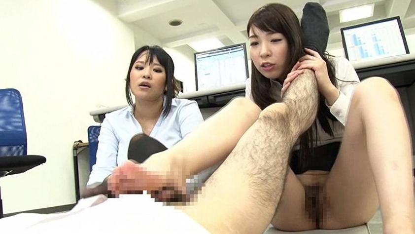 高身長女教師の長い脚でシゴかれての脚フェチDVD画像6