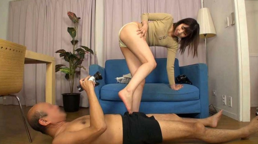 M男プライベートコレクション「僕を足でイジメてください」の脚フェチDVD画像2