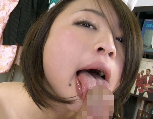 コスプレ娘のニーハイソックス足コキや白目絶頂SEXでイクの脚フェチDVD画像1