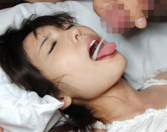 女子校生の有村千佳が制服に黒パンストを穿いて足コキ責めの脚フェチDVD画像6