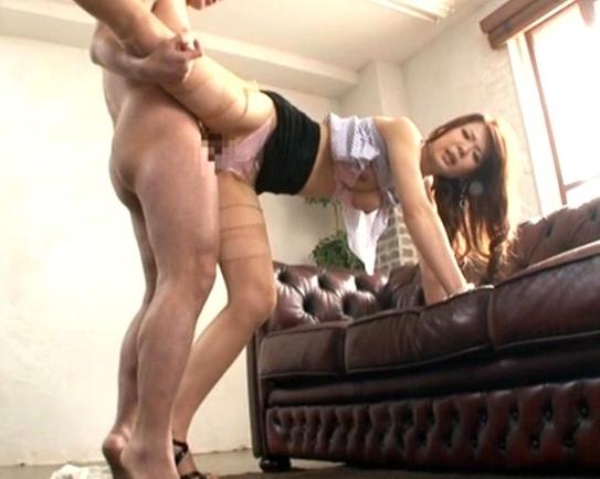 現役モデルで184cmの長身美脚お姉さんがパンスト着衣SEXの脚フェチDVD画像2