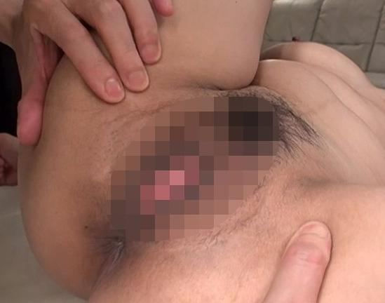 ド淫乱な熟れた熟女の網タイツ美脚で足コキ責めと着衣SEXの脚フェチDVD画像4