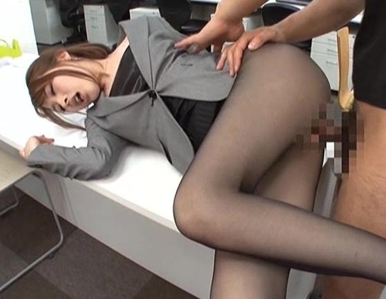 ハイレグパンストやOLパンストのお姉さんと着衣SEXでイクの脚フェチDVD画像5
