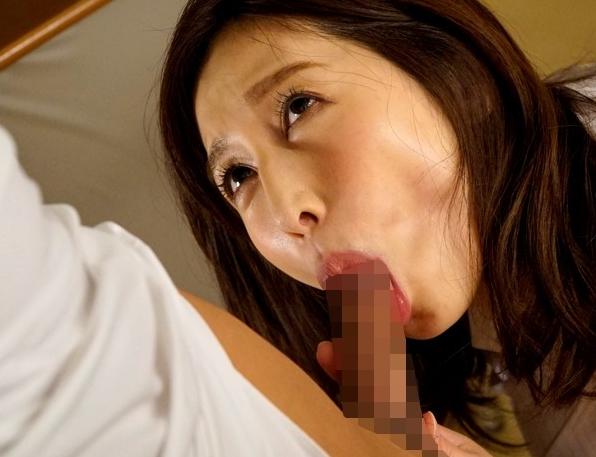 美人女教師のエロ過ぎるパンスト美脚をそのまま着衣SEXの脚フェチDVD画像3