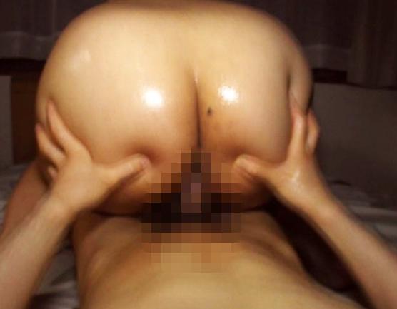 肉厚な下半身がエロ過ぎるスク水美少女の太腿コキの脚フェチDVD画像6