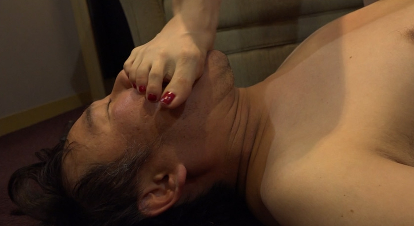 MISTRESS LIVE vol.16 祁邑女王様 長身女王様の美脚/フェチ責めの脚フェチDVD画像4