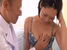 【無】ドスケベ医師達のセクハラ診察でガンガンに生ハメされちゃう巨乳三十路妻♪