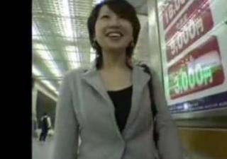 SNSで知り合った仙台在住人妻の若菜(30才)さんとの飛びっこデート&生々しいハメ撮り映像!
