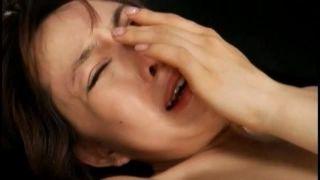 初めてのア〇ルファックが気持ち良すぎて泣き出しちゃった美人のお姉さん・・・