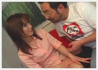 神楽坂でゲットした美人熟女妻がブサメンオヤジの巧みな話術で褒め殺され中出しされちゃう一部始終!