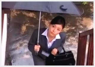 健康器具を売りまくる訪問販売員美熟女がスーツ着衣のままマニアックにハメられる枕営業映像!
