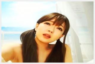 【ライブチャット/無修正】 こんなに可愛い女の子がバイブズポズポオナニーで大量潮吹きとかマジww