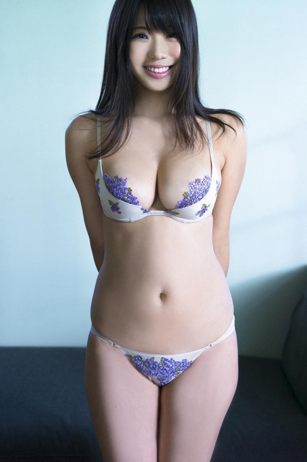 鈴木ふみ奈 グラビア14