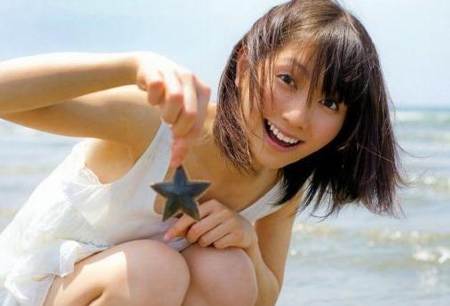(元SKE48声優・秦佐和子お宝グラビアミズ着写真・ムービー)声と胸に萌えキュン☆