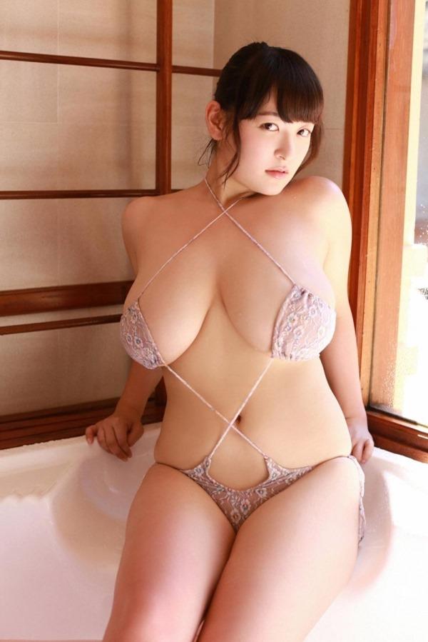 柳瀬早紀 巨乳21