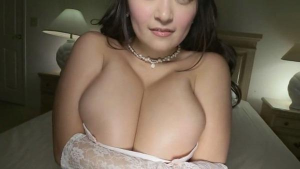 柳瀬早紀 巨乳22