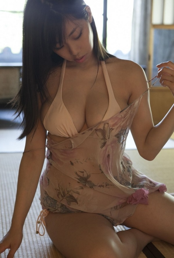 鈴木ふみ奈 グラビア7