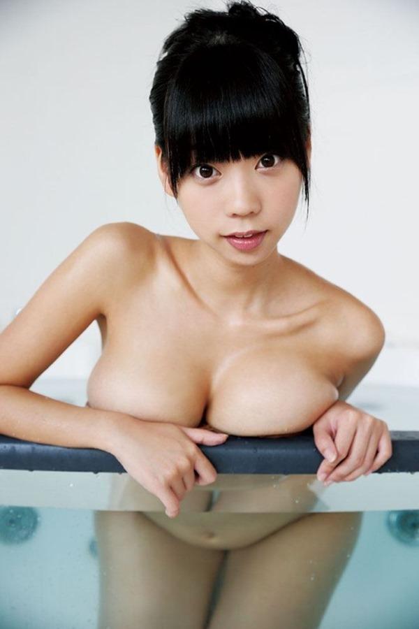 この乳房で処女の青山ひかる17
