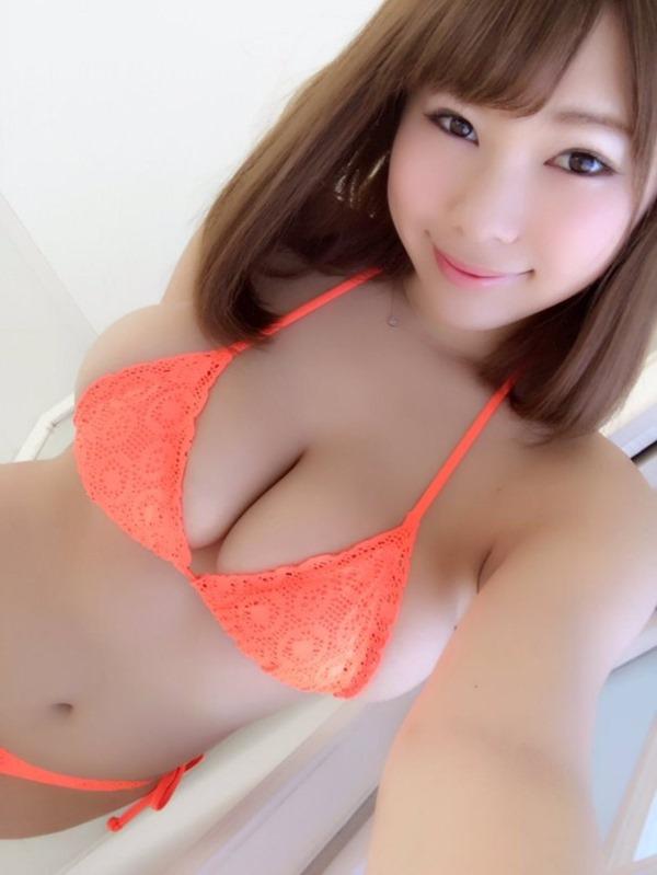 結城ちか(19)バスト100cm乳2