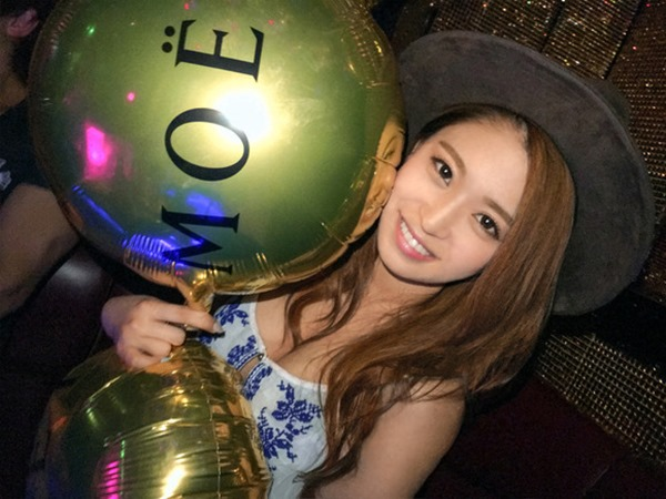 渋谷のクラブでナンパ23