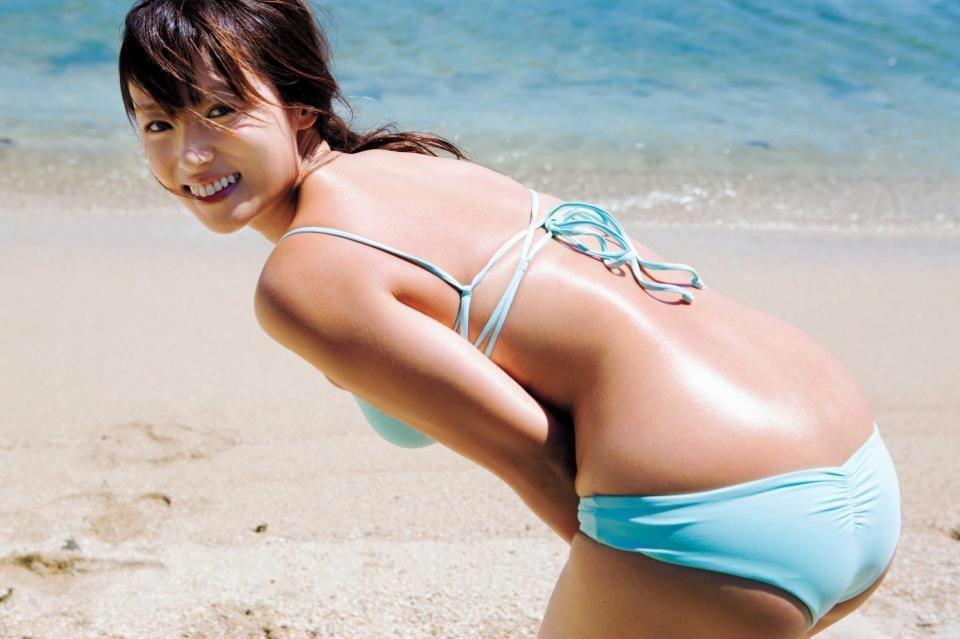 (深田恭子の成熟体写真)美巨乳お乳オナるんゴ☆