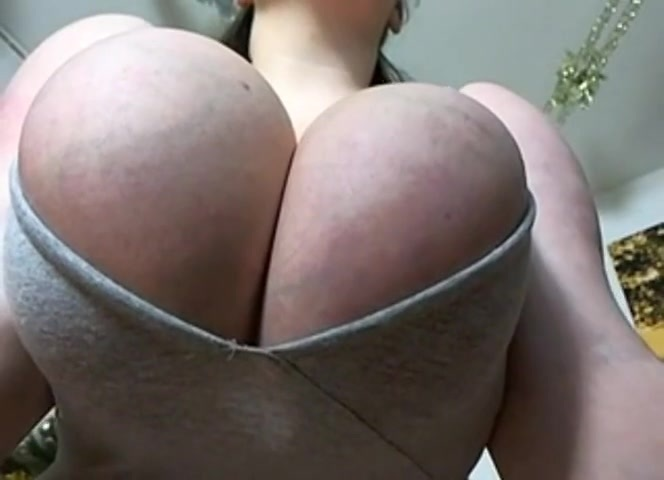 素人爆乳女の肉厚乳房にピンクの乳首がエロい!【ぽっちゃりデブ】