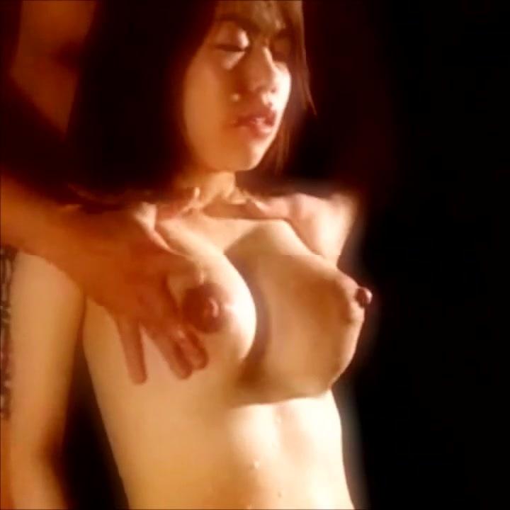 体中が自分の母乳まみれ!後ろから美巨乳を鷲掴みされ搾乳されちゃう!JapaneseMilkSoNATURALRes