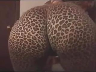 【むちむち・ぽっちゃり】巨尻の素人女性の動画。巨尻をガンガン振りまくる豊満娘たち!