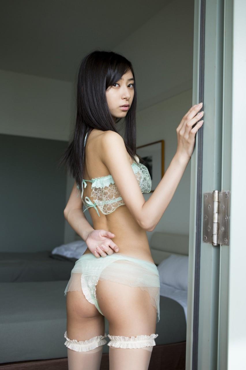 神崎さんポーズ29