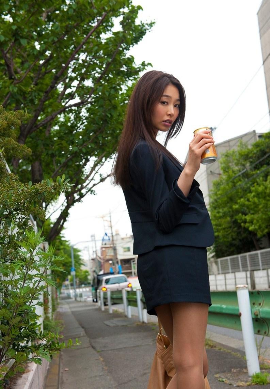 夏目彩春23