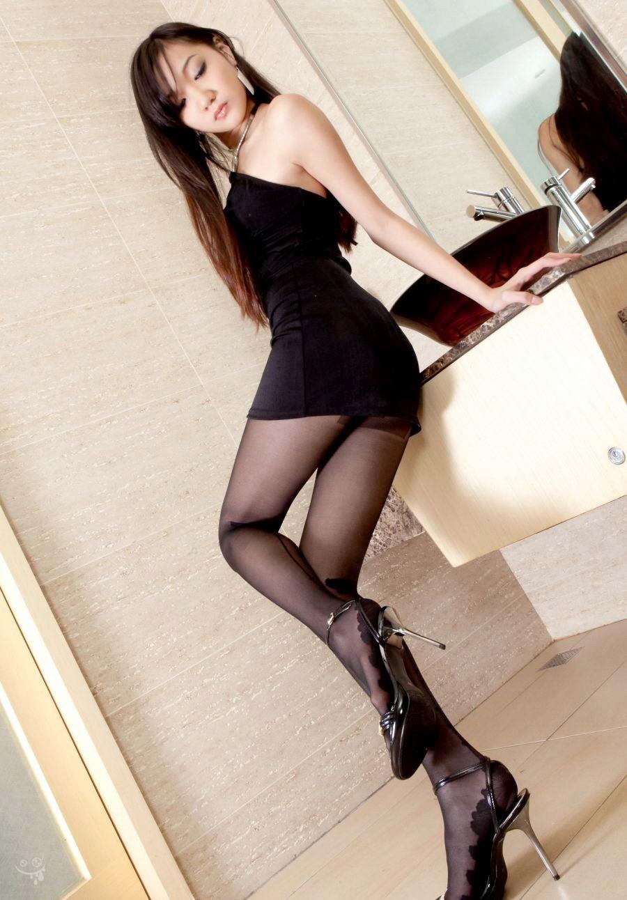 アダルト画像3次元 - 冬こそ旬な黒タイツ娘を愛でる、セクシーな脚愛好家が集いし画像 パート10