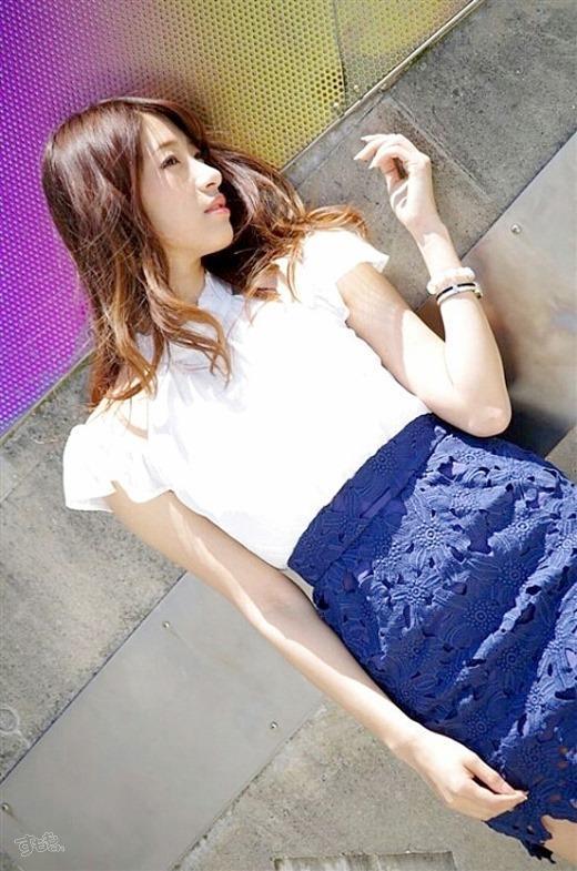 ミニスカート3685.jpg