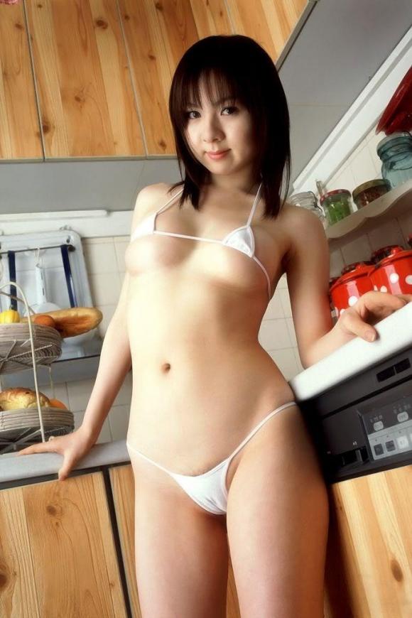ビキニ娘27019.jpg
