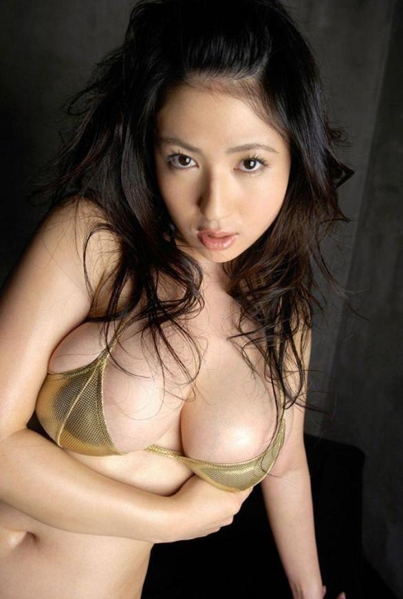 ビキニ娘27593.jpg