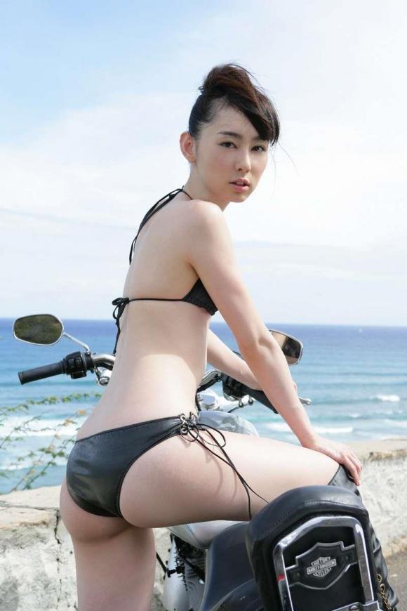 ビキニ娘30002.jpg