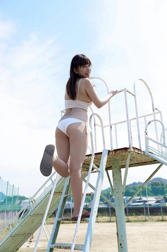 ビキニ娘30510.jpg