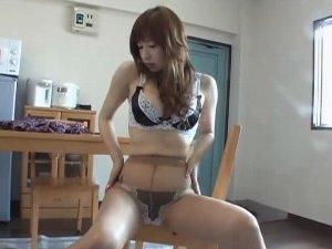 パンスト美脚動画146ナチュストお姉さん