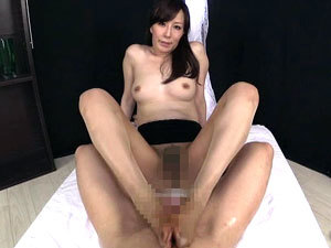 ローションパンスト淫語足コキでたっぷり焦らしまくる痴女姉さん 澤村レイコ