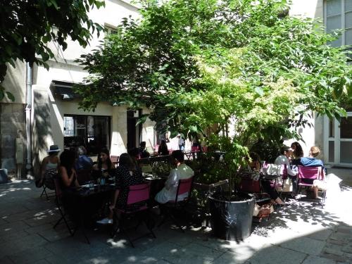 カラフルレストラン