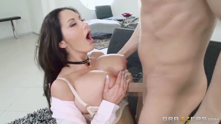 brajob_out_brazzers_ava_addams_3.png