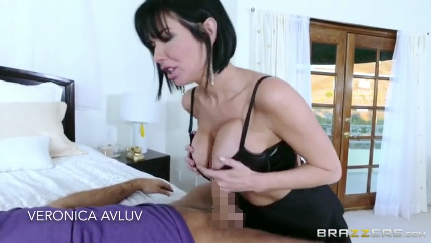 brajob_out_veronica_avluv_brazzers_1.png