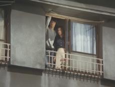 神田川の流れるアパートで暮らし始めた二人