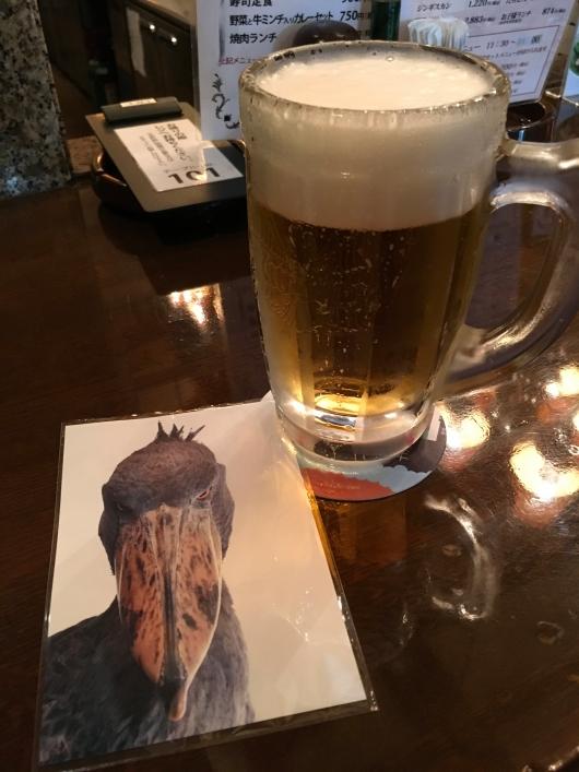 ビールとポストカード